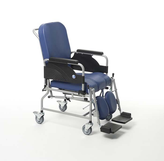 9303 (ширина сиденья: 43 см)
